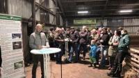 HBV-Vizepräsident Volker Lein und Weidetierhalter aus der Region