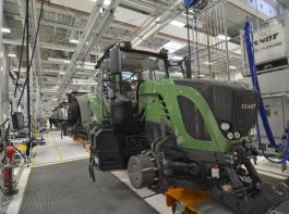 2013 erreichte Fendt mit 17837 Traktoren einen neuen Absatzrekord. Derzeit herrscht jedoch kühleres Klima auf dem Markt. Fendt peilt dennoch mittelfristig einen jährlichen Absatz von 20000 Traktoren an.