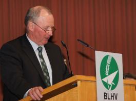 BLHV-Vizepräsident Franz Käppeler regte in seinem Schlusswort an, dass Behörden künftig stärker mit dem Bauernverband Kontakt suchen, um die praktische Umsetzbarkeit von Gesetzen und Verordnungen zu verbessern.