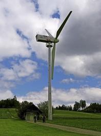 Wirkt fast putzig: das Windkraftrad aus dem Jahr 1992.
