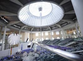 Im künftigen Bundestag werden etliche Stühle neu besetzt.