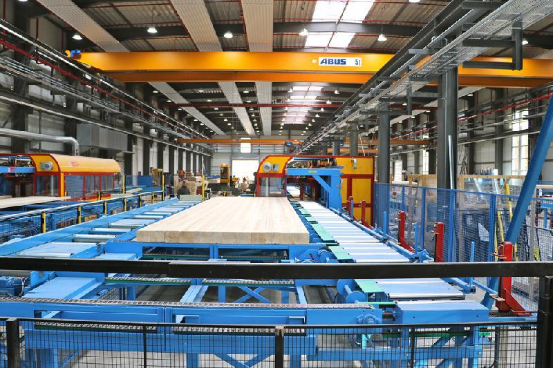 Deutsche Fertighaus Holding mit neuer Produktionsanlage