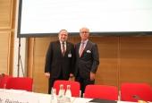 Moderator Frank Zedler und Rentenbank-Chef Reinhardt (Foto: DBV)