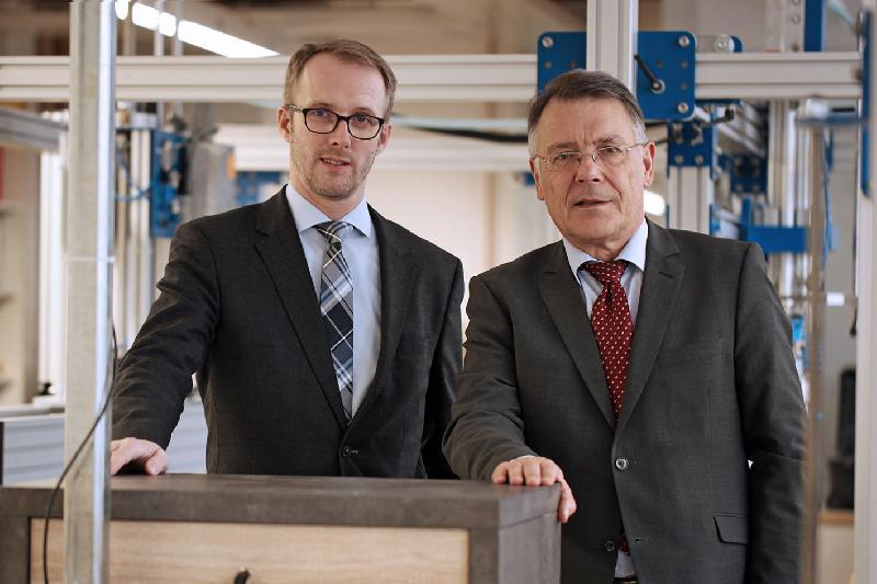 Deutsches Institut für Möbeltechnik Rosenheim bündelt Kompetenz