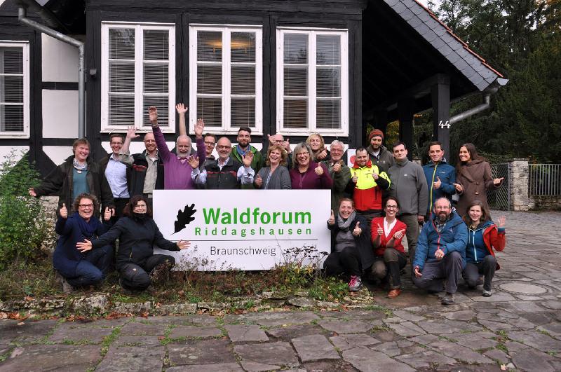 Niedersachsen: Waldpädagogen erfolgreich ausgebildet