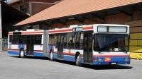 Mit der Klasse D dürfen Fahrzeuge mit über acht Personensitze befördert werden.